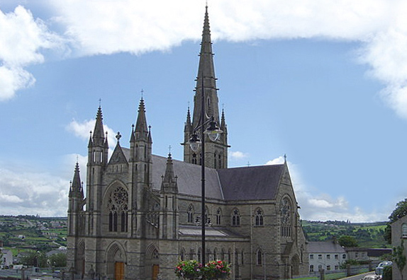 You are browsing images from the article: St. Eunan's Cathedral